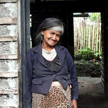 Woman coffee farmer in Colombia: Angelica Liz